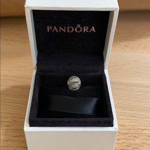 Authentic Pandora Essence Loyalty Charm